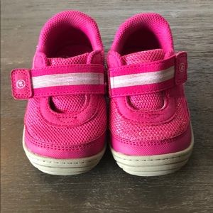 Pink Stride Rite girl sneakers